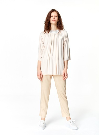 Mizalle Yakası Ribanalı T-Shirt Pudra